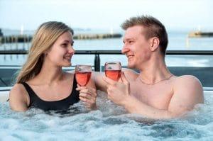 Spadag for to med vin & tapas hos Kurbad Limfjorden